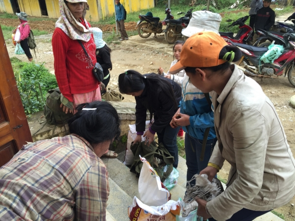 Flood relief in Nam Tra My Quang Nam Dec-2017